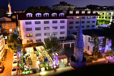 3 noches Vogue Hotel Supreme Istanbul